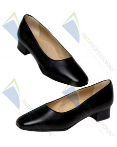 SHOE BLACK WOMAN